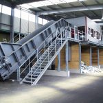 chain conveyor waste sorting