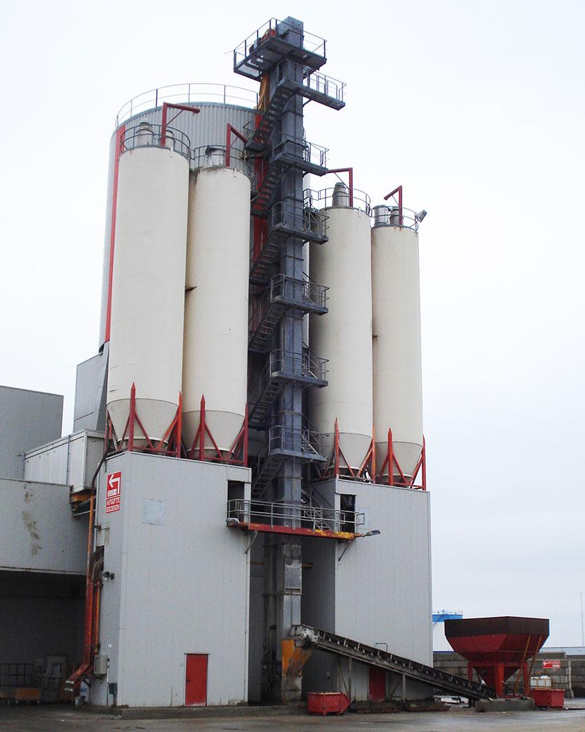 elevator conveyor for vertical transportation
