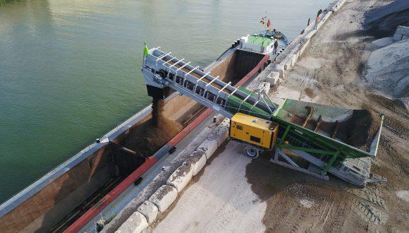 mobile-loader-for-shiploading