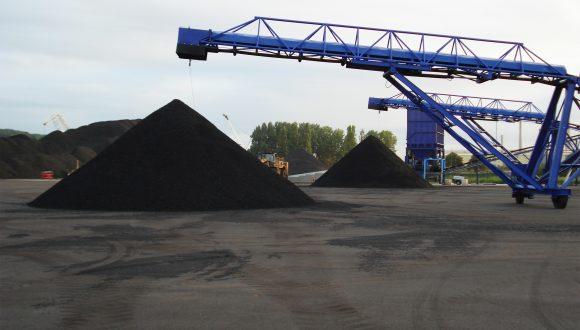 Stockpile belt conveyor