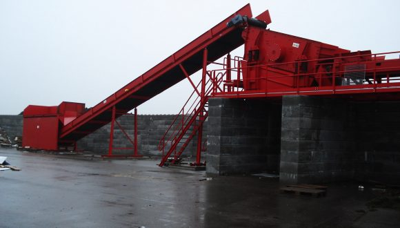 construction demolition system feeder