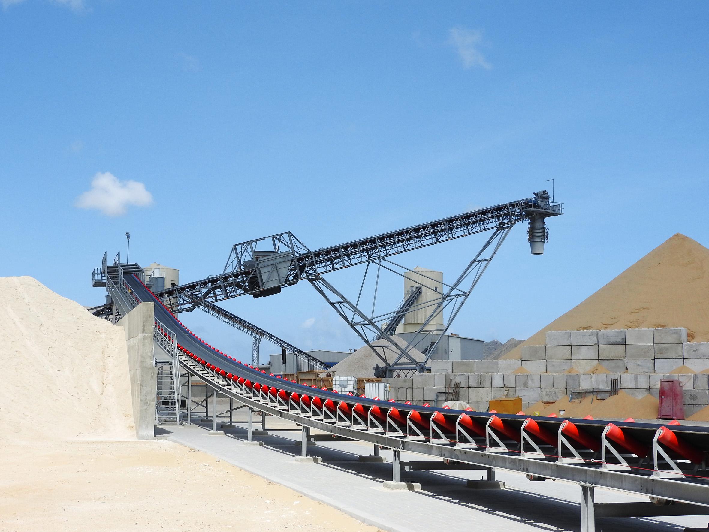 sand and gravel bulk handling equipment