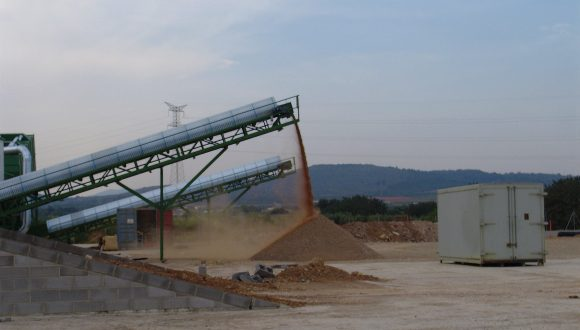 sorted waste stream conveyor
