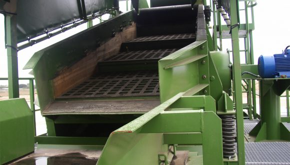 vibrating screen mixed waste