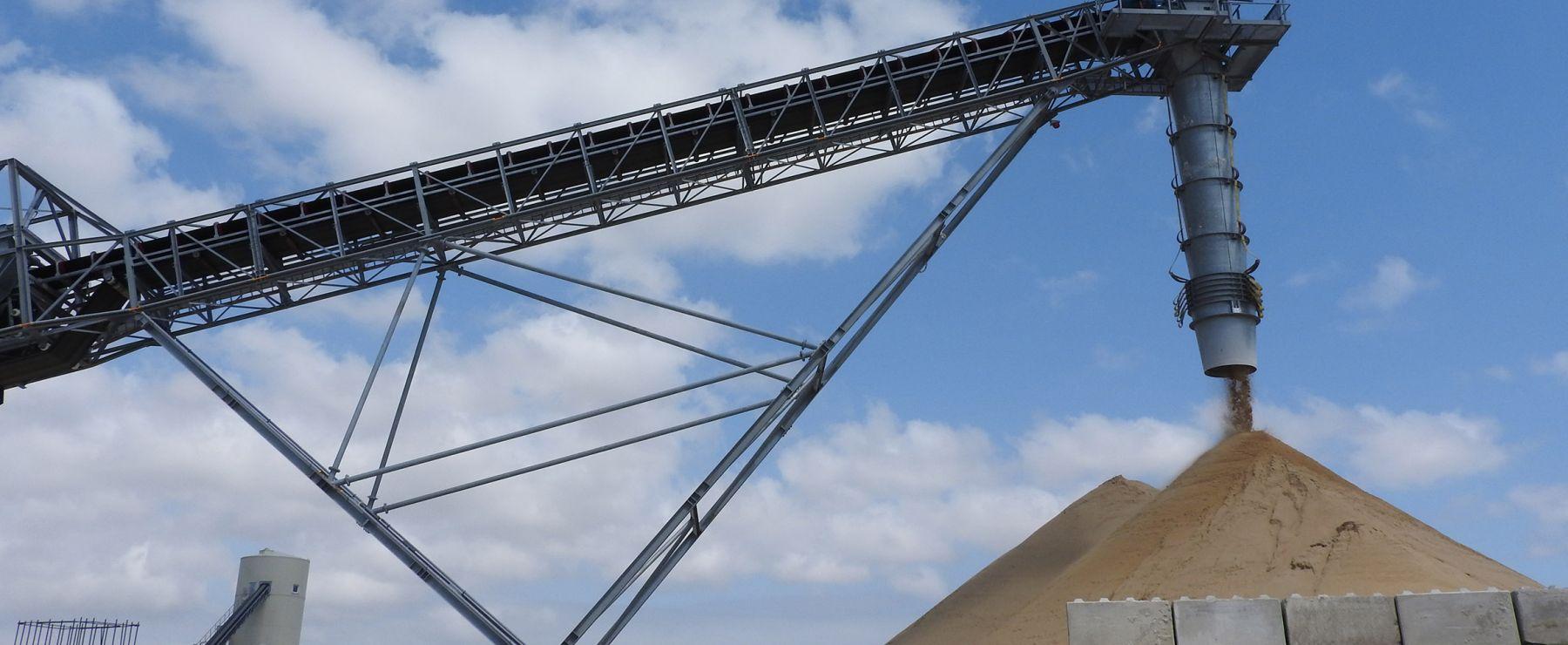 Belt Conveyors For Waste Management And Bulk Material Handling N M